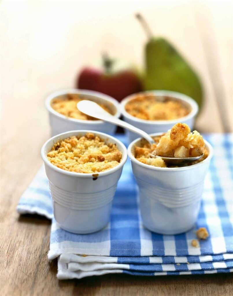 الكمثرى مع الشوفان 806x1024 - 10 وصفات حلويات صحية مليئة بالفاكهة و طرق التحضير